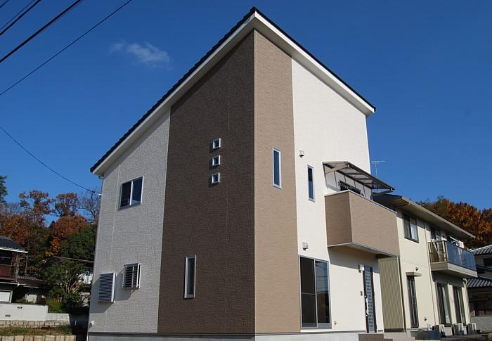 倉敷市 コンパクトでオシャレな片流れ屋根の家