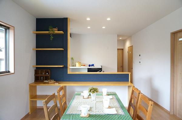 建て替えでより良い暮らしの家