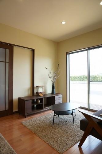 岡山市 自然の素材を使った平屋の家・リビング